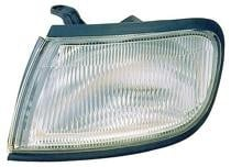 1995 - 1996 Nissan Maxima Corner Light Assembly Replacement / Lens Cover - Left (Driver)