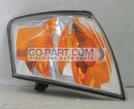2000-2001 Mazda MPV Corner Light - Right (Passenger)