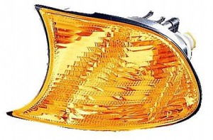 2002-2003 BMW 330i Parking / Signal / Marker Light - Left (Driver)