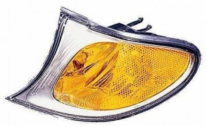 2002-2005 BMW 330i Parking / Signal / Marker Light (Park/Signal/Marker Combo / Sedan / with Bright Trim) - Left (Driver)
