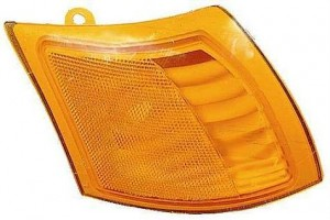 2002-2005 Saturn Vue Corner Light - Right (Passenger)