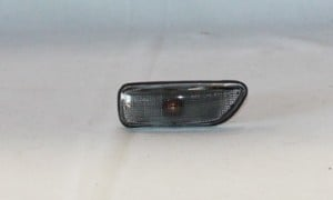 2001-2007 Volvo XC70 Sedan Corner Light - Right (Passenger)