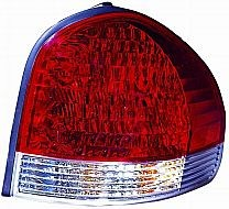 2005-2006 Hyundai Santa Fe Tail Light Rear Lamp - Right (Passenger)