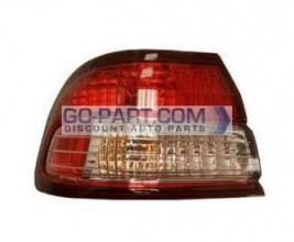 1998-1999 Infiniti I30 Tail Light Rear Brake Lamp - Left (Driver)