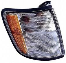 1998-2002 Isuzu Trooper / Trooper II Parking / Signal Light - Right (Passenger)