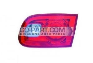 2006-2011 Buick Lucerne Inner Tail Light - Right (Passenger)