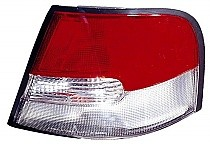 1998 - 1999 Nissan Altima Rear Tail Light Assembly Replacement (with Limited Edition + with Clean Lens) - Right (Passenger)