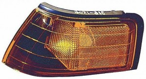 1990-1994 Mazda Protege Front Marker Light (Lens/Housing) - Right (Passenger)