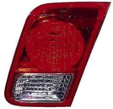 2003-2005 Honda Civic Deck Lid Tail Light (Sedan / Deck Lid Mounted / Includes Bulbs & Sockets) - Right (Passenger)