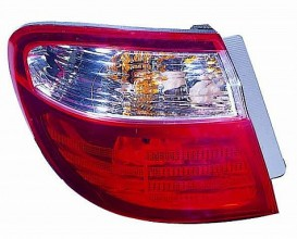 2000-2002 Infiniti I30 Tail Light Rear Lamp - Left (Driver)