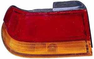 1995-1999 Subaru Outback Tail Light Rear Lamp - Left (Driver)