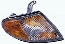 1998 - 1999 Hyundai Accent Sedan Corner Light Assembly Replacement / Lens Cover - Right (Passenger)
