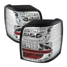 2001-2005 Volkswagen Passat 5Dr Light Bar Style LED Tail Lights (PAIR) - Chrome (Spyder Auto)