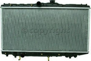 1989-1992 Geo Prizm Radiator (Inlet Center)