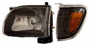 2001-2004 TOYATA TACOMA HEADLIGHTS (PAIR) BLACK WITH CORNER LIGHT AMBER  (Anzo USA)