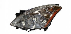 2010-2011 Nissan Altima Headlight Assembly (Sedan / HID) - Left (Driver)