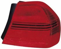 2006-2008 BMW 330i Outer Tail Light - Left (Driver)
