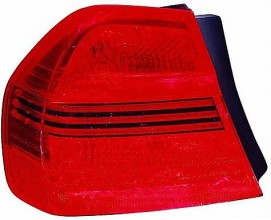 2006-2008 BMW 328i Outer Tail Light - Right (Passenger)