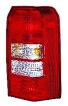 2007 Jeep Patriot Rear Tail Light Assembly Replacement / Lens / Cover - Right (Passenger)