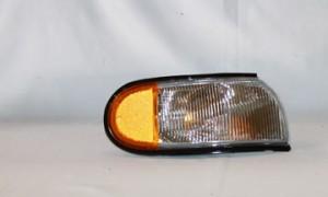 1993-1995 Nissan Quest Van Parking / Marker Light - Right (Passenger)