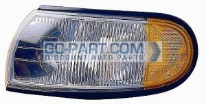 1996-1998 Nissan Quest Van Parking / Marker Light - Left (Driver)