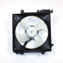 2000-2004 Subaru Legacy Radiator Cooling Fan Assembly (4 Cylinder)