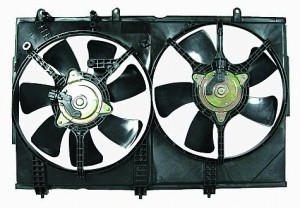 2003-2006 Mitsubishi Outlander Radiator Cooling Fan Assembly