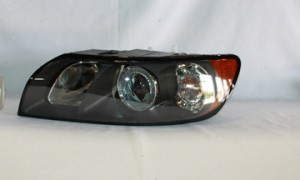 2004-2007 Volvo S40 Headlight Assembly - Left (Driver)