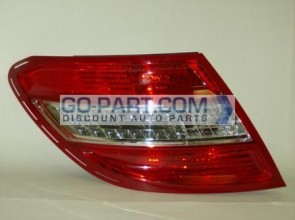 2008-2011 Mercedes Benz C350 Tail Light Rear Lamp - Left (Driver)