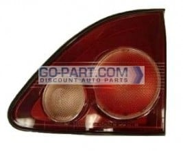 1999-2000 Lexus RX300 Inner Tail Light Rear Brake Lamp - Right (Passenger)