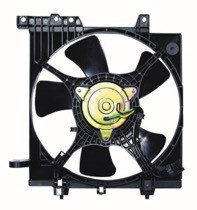 2002 - 2005 Subaru Impreza Radiator Cooling Fan Assembly