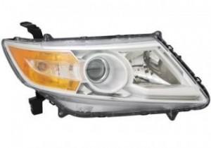 2011-2013 Honda Odyssey Headlight Assembly - Right (Passenger)