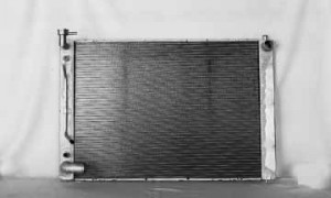 2004-2006 Lexus RX330 Radiator (3.3L V6 / With Tow Package)
