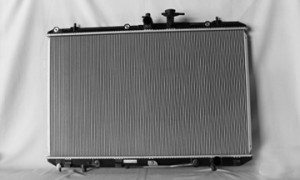 2008-2010 Toyota Highlander Radiator (Without Tow Package)