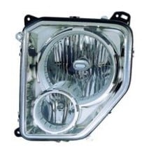 2008 Jeep Liberty Front Headlight Assembly Replacement Housing / Lens / Cover - Right (Passenger)