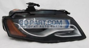 2009-2010 Audi A4 Headlight Assembly - Right (Passenger)