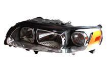 2005 - 2007 Volvo V70 Headlight Assembly (Halogen) - Left (Driver)