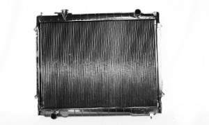 1995-2004 Toyota Tacoma Radiator (2.4L / 2.7L / 3.4L / 2 Wheel Drive / Manual)