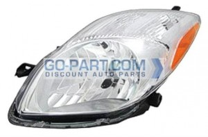 2009-2011 Toyota Yaris Headlight Assembly - Left (Driver)