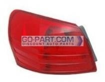2008-2011 Nissan Rogue Tail Light Rear Brake Lamp - Left (Driver)