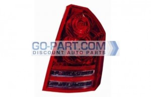 2008-2009 Chrysler 300 / 300C Tail Light Rear Brake Lamp - Right (Passenger)