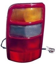 2002 - 2003 GMC Yukon (Full Size) Rear Tail Light Assembly Replacement / Lens / Cover - Right (Passenger)