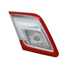 2010-2011 Toyota Camry Luggage Lid Tail Light (For Japan Built Models) - Right (Passenger)