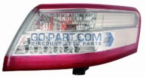 2010-2011 Toyota Camry Hybrid Tail Light Rear Brake Lamp (For USA Built Models) - Right (Passenger)
