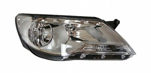 2009-2010 Volkswagen Tiguan Headlight Assembly - Right (Passenger)