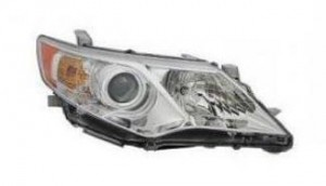 2012-2014 Toyota Camry Hybrid Headlight Assembly - Right (Passenger)