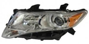 2009-2011 Toyota Venza Headlight Assembly - Left (Driver)