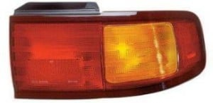 1995-1996 Toyota Camry Tail Light Rear Lamp (Coupe/Sedan / USA) - Right (Passenger)