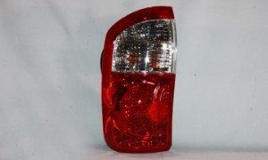 2000-2006 Toyota Tundra Pickup Tail Light Rear Lamp (Double Cab / with Standard Bed) - Left (Driver)