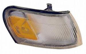 1993-1997 Toyota Corolla Corner Light - Right (Passenger)